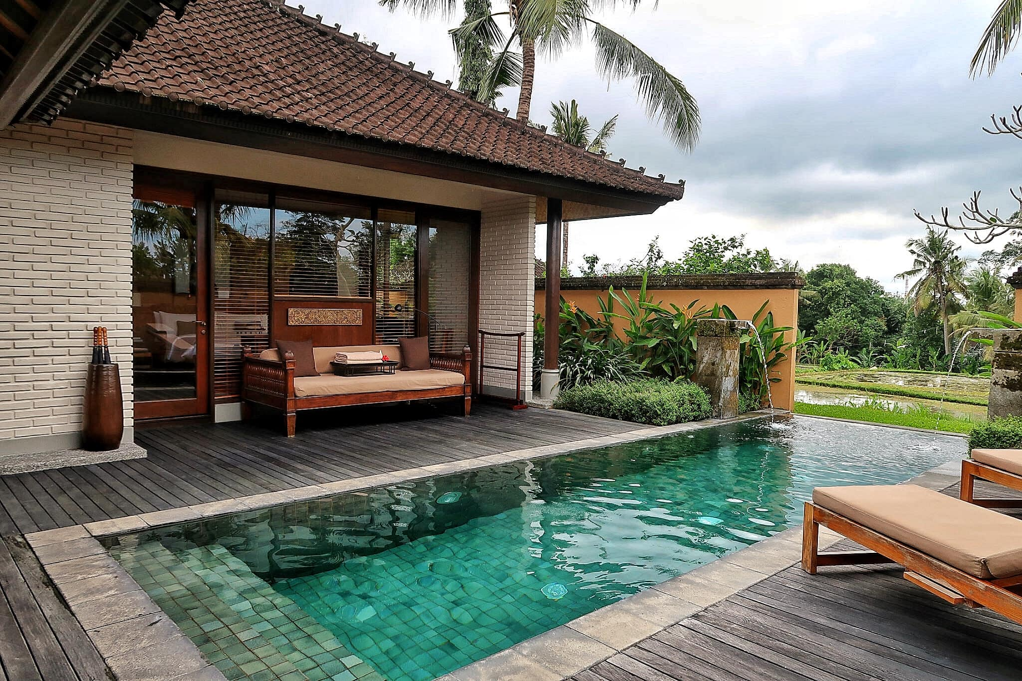 Luxury resort review the chedi club tanah gajah ubud bali for Top hotels in ubud bali
