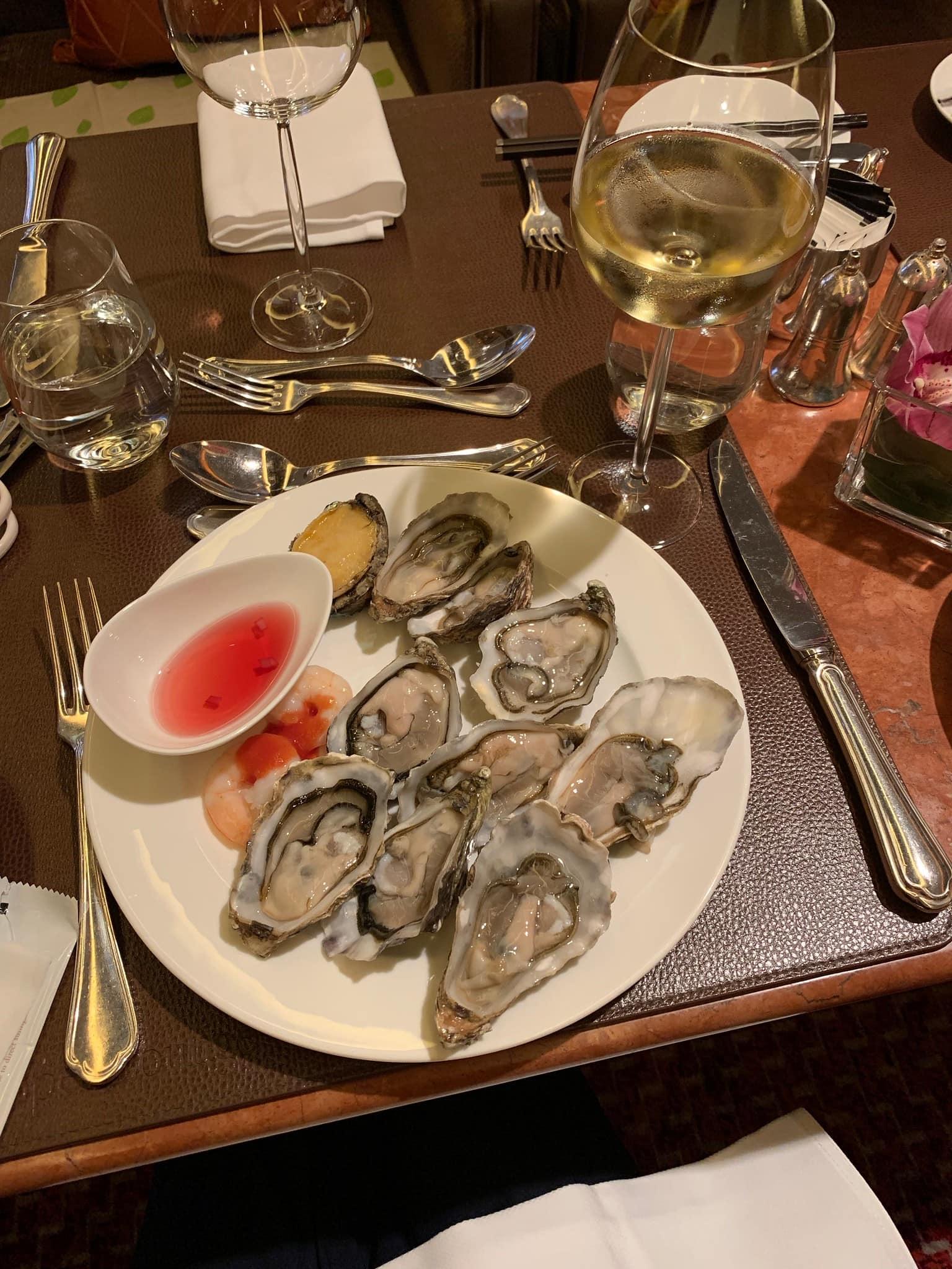 Tremendous Best Buffet In Hong Kong Clipper Lounge Dinner Buffet Beutiful Home Inspiration Semekurdistantinfo
